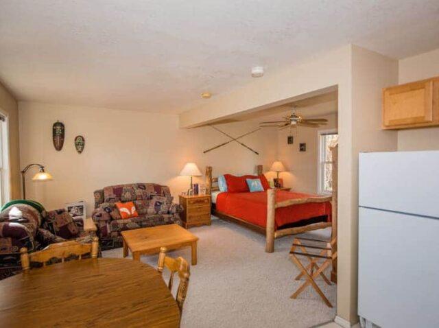 Rivers Suite, Fox Hollow Inn